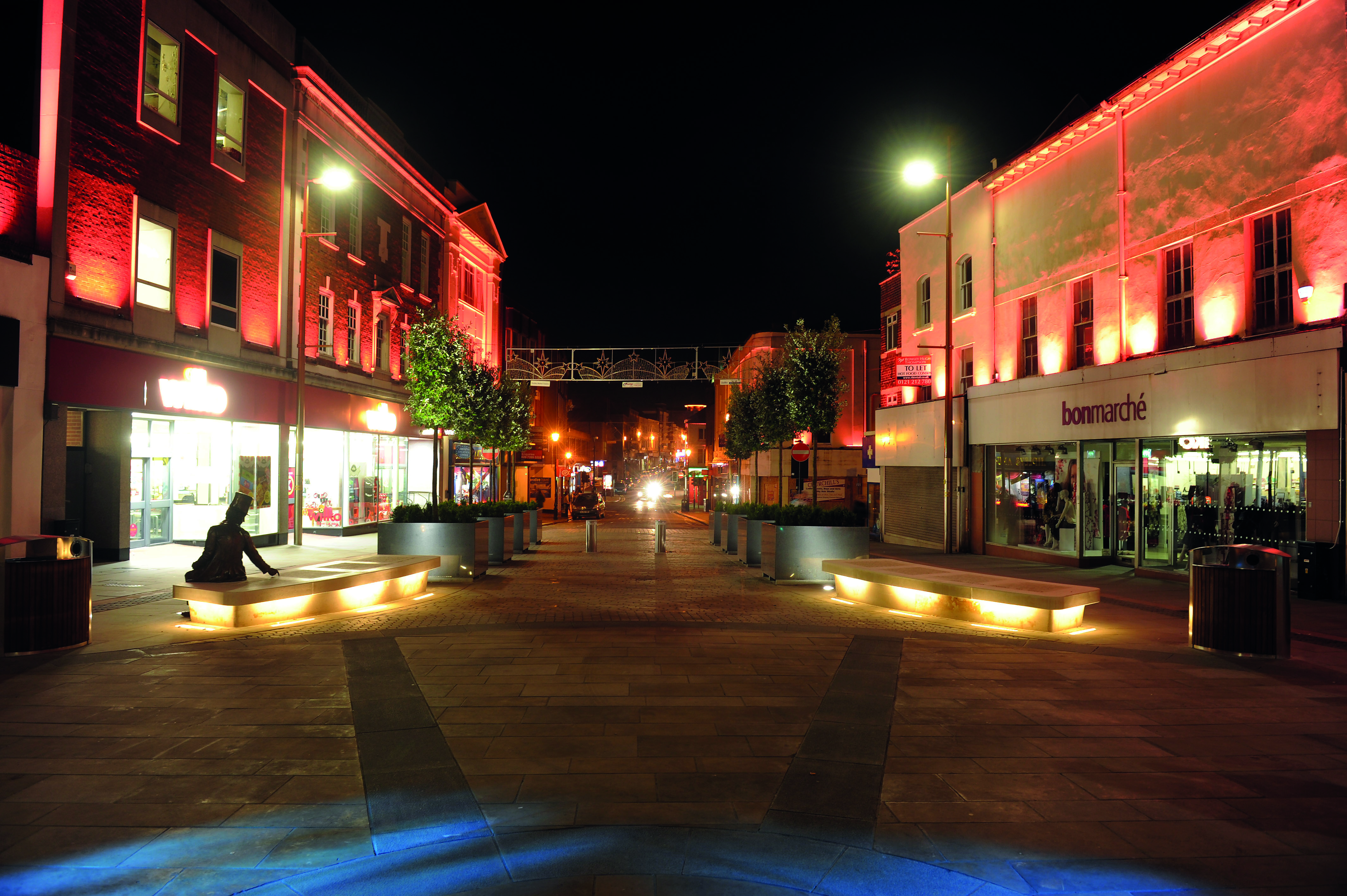 2020-08/dudley-town-centre-2